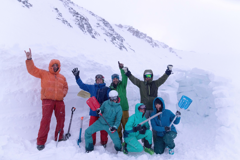 Bergzeit Alpincamp mit Marmot am Stubaier Gletscher | peaks